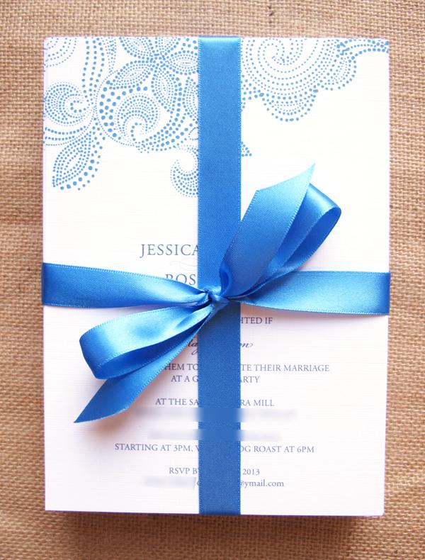 Dotty 7 x 5 inch wedding invitations