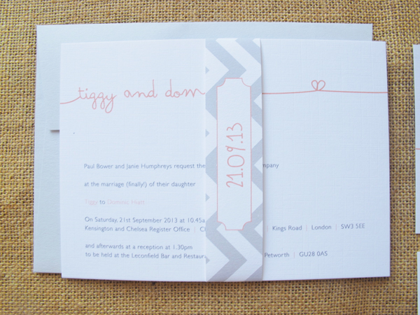Apricot signature invite with belly band