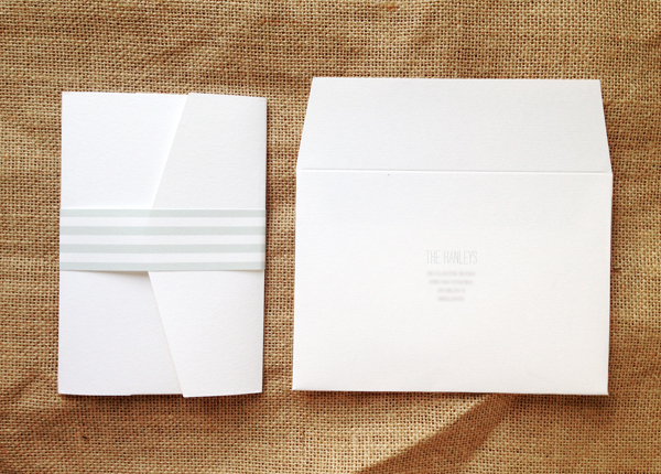 A6-pocket-with-striped-belly-band-and-printed-envelope
